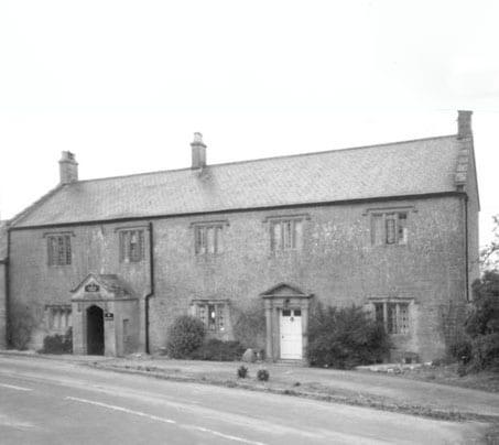 Castle Farm - Farm House